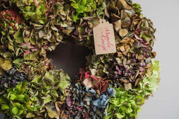 corona-de-flores-secas-hortensias